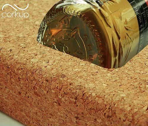 estuche-protector-botella-premium-corcho